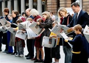 토지 고수(高手)는 신문 읽기를 좋아해