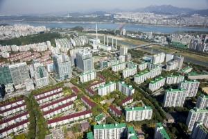치솟는 강남 집값… 30살  송파·목동 아파트가 바통 터치